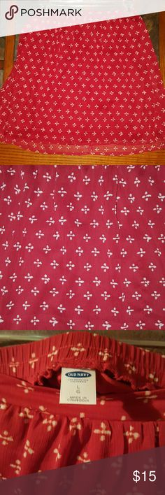 Fun & flirty red skirt Ref with an off white pattern Old Navy Skirts Mini