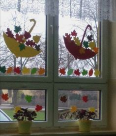 Fall Crafts For Toddlers, Halloween Crafts For Kids, Craft Activities For Kids, Preschool Crafts, Fall Window Decorations, Decoration Creche, School Decorations, Autumn Crafts, Christmas Crafts For Kids