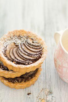 Pear hazelnut & coffee tarts with chocolate crumble