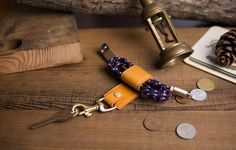 Italian leather go with high-quality bronze hardware, muiti-function Keychain, mobile phone stand & cable retractor. Phone Charger Holder, Phone Stand, Diy Nail Polish, Leather Keyring, Diy Phone Case, Italian Leather, Bronze, Unique Jewelry, Handmade Gifts