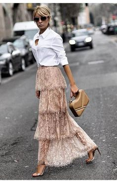 Parisian Style - Click the pic for more inspo from Paris Parisian Style - Click the pic for more inspo from Paris Fashion Mode, Look Fashion, Fashion Outfits, Womens Fashion, Fashion Design, Fashion Trends, Net Fashion, Cheap Fashion, Trendy Fashion