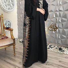 #Repost @athwaqi with @instatoolsapp مجموعتي الجديده عبايات راقية وعملية بأقمشه مميزه سعر العبايه / ريال #subhanabayas #fashionblog #lifestyleblog #beautyblog #dubaiblogger #blogger #fashion #shoot #fashiondesigner #mydubai #dubaifashion #dubaidesigner #dresses #openabaya #uae #dubai #abudhabi #sharjah #ksa #kuwait #bahrain #oman #instafashion #dxb #abaya #abayas #abayablogger #абая