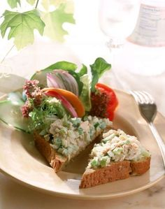 Lunch food can also make an excellent breakfast, says Blake. Whip up tuna salad using three ounces o... - Getty Images
