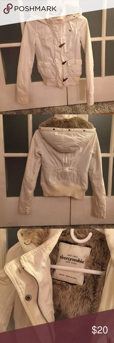 🎈Abercrombie, hooded fur lined jacket Size says medium but it fits more like an XXS, very warm cozy jacket!! Looks great with everything!! ❤️😊 bought on another site in March 2016, but it's to small, no rips or stains...missing fur trim snap on for hood when I purchased it... Abercrombie & Fitch Jackets & Coats