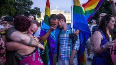 La comunidad gay denuncia que se eluda la naturaleza homófoba del atentado de Orlando / @LaVanguardia | #gayerio