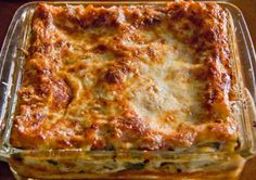 Sunday Recipe - quick and easy Cheats Lasagne - LittleStuff Sunday Recipes, Snack Recipes, Lasagna With Bechamel Sauce, Czech Recipes, Ethnic Recipes, Low Salt Recipes, Lasagne Recipes, Food Plus, Cheat Meal