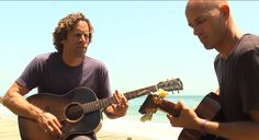 Am I dreaming? A jam session by the beach with Jack Johnson and Kelly Slater