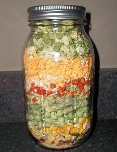 Mason Jar Mixes, Mason Jars, Dry Soup Mix, Soup Mixes, Hearty Vegetable Soup, Dry Vegetable Soup Mix Recipe, Soup In A Jar, Canning Recipes, Jar Recipes