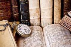 """""""Il tempo non esiste, è solo una dimensione dell'anima. Il passato non esiste in quanto non è più, il futuro non esiste in quanto deve ancora essere, e il presente è solo un istante inesistente di separazione tra passato e futuro.""""  Sant'Agostino"""