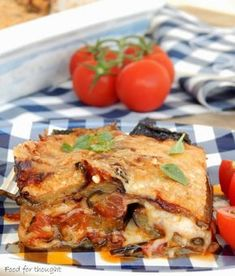 Food for thought: Eggplants with cheese in the oven Cookbook Recipes, Cooking Recipes, Eat Greek, Seafood Diet, Eggplant Dishes, Greek Cooking, Greek Dishes, Veggie Dishes, Mediterranean Recipes