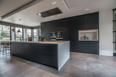 Interior Living Room Design Trends for 2019 - Interior Design Luxury Kitchen Design, Contemporary Kitchen Design, Interior Design Living Room, Shabby Chic Kitchen, Kitchen Decor, New Kitchen, Kitchen Island, Black Kitchens, Home Kitchens