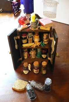 Melinda's Miniaturen und Hexenstube (Alles rund um Miniaturen und Puppenstuben 1:12)