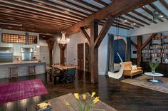 Stunning eclectic Feng Shui loft redesigned by Reiko Feng Shui Interior Design situated in a former warehouse in Brooklyn, New Yor