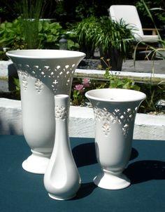 Drei wunderschöne Vasen in verschiedenen Größen von Hartley Greens. www.kippax.de/Geschirr/Hartley-Greens/Hartley-Greens-Gestanzte/