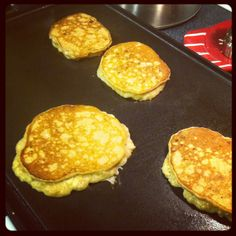 Paleo pancakes made with banana (use green tipped bananas), almond butter, egg and cinnamon. @fitparenting #21dsd #fitfluential