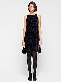 I just entered Eileen Fisher's WISH. PIN. WIN. Holiday Giveaway! Here's what I added to my wish list. (Holiday Giveaway Pin)