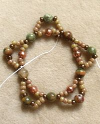 How to Bead an Easy Netted Bezel - Daily Blogs - Blogs - Beading Daily