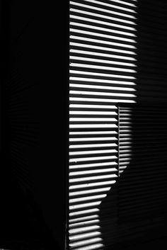 Light and Shadow – Minimalissimo Light And Shadow Photography, Urban Photography, Black And White Photography, Aesthetic Pastel Wallpaper, Aesthetic Backgrounds, Aesthetic Wallpapers, Window Shadow, Sun Shadow, Projector Photography