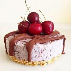 nesscooks: Vegan 'Cherry Ripe' Cake