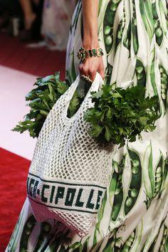 Dolce & Gabbana  #VogueRussia #readytowear #rtw #springsummer2018 #DolceGabbana #VogueCollections