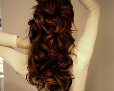 natural looking curls - really cool way to use a curling iron. Cant wait to give it a try!
