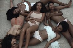 "Solange Drops Videos ""Don't Touch My Hair"" & ""Cranes In The Sky"" 