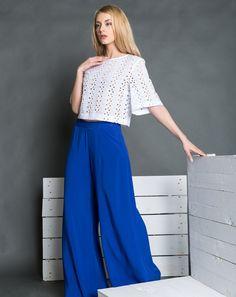 Παντελόνα μπλε για εμφανίσεις που ξεχωρίζουν!