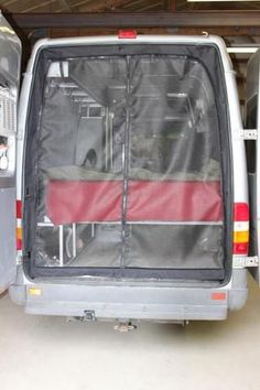 The Sprinter van rear door insect screen opens with a zipper for easy access in and out of the vehicle. Vw Lt Camper, Diy Camper, Mercedes Sprinter Camper, Sprinter Van Conversion, Camper Van Conversion Diy, Ford Transit Camper Conversion, Kangoo Camper, Kombi Motorhome, Motorhome Interior