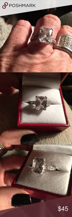 Sterling CZ ring NWOT    Beautiful Jewelry Rings