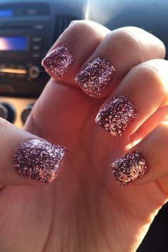 rose gold glitter, but only on one nail