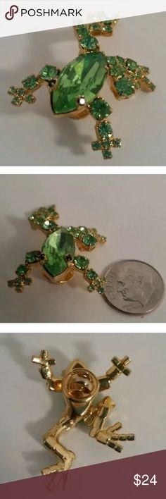 Elegant Green Rhinestone Bullfrog Toad Pin/Brooch Elegant Gold Toned Green Rhinestone Big Eyed Bullfrog Toad Pin/Brooch Jewelry Brooches