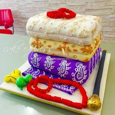 60 Beautiful African Wedding Cake You Will Love for Your Inspirations - VIs-Wed Rustic Wedding Cake Toppers, White Wedding Cakes, Cool Wedding Cakes, Wedding Cake Designs, Nigerian Traditional Wedding, Traditional Wedding Cakes, Traditional Cakes, Engagement Cake Design, Engagement Cakes