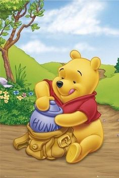 Disney Winnie The Pooh Poster - Packing Hunny - - Print Image Photo Winnie The Pooh Cartoon, Winnie The Pooh Pictures, Cute Winnie The Pooh, Winne The Pooh, Winnie The Pooh Quotes, Winnie The Pooh Friends, Cute Cartoon, Mickey Mouse, Disney Wallpaper