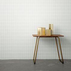 Gold Vase - HypeGuide
