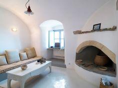 Una casa con encanto, sencilla y austera en las islas griegas en Chic & Decó.