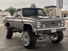 1985 Chevy Truck, Chevy Pickup Trucks, Gm Trucks, Chevrolet Trucks, Diesel Trucks, Cool Trucks, Big Monster Trucks, Chevy Vehicles, Custom Muscle Cars