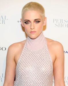 If Kristen Stewart's freshly shorn buzz cut signaled a rebellion against classic red carpet beauty statements, her artful makeup at the Personal Shopper premiere in New York City told a different story.