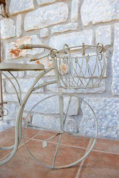 © Λιθόχτιστα Ξενώνες- Lithoxtista Guesthouses Country Style, Rustic, Chair, Elegant, Table, Furniture, Home Decor, Country Primitive, Classy