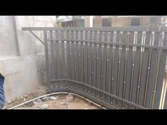 Wrought iron gates and metal fences are very popular. UI traditional wooden gates and fences, wrought iron fences or improved port security of your . Metal Gates, Wrought Iron Fences, Wooden Gates, Metal Fences, Steel Fence, Front Gate Design, House Gate Design, Fence Design, Garden Design