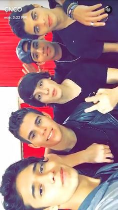 Amo son lo mejor que me a pasado ❤❤ Att: Cncowner los omo Am I In Love, Crazy Love, Cnco Snapchat, I Love You Forever, Latin Music, Charlie Puth, Famous Singers, Music Lovers, Funny Faces