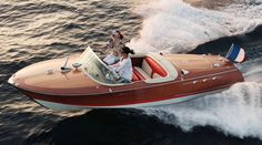 Notice how this Riva runabout doesn't have the white ribs spacing the deck boards like most wooden boats of this style?