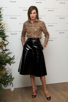 Nieves Alvarez Black Leather Skirts, Faux Leather Skirt, Leather Dresses, Black Patent Leather, Moda Fashion, Star Fashion, Fashion Outfits, Womens Fashion, Fashion Tips