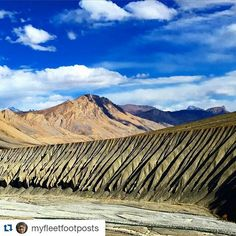 #Repost @myfleetfootposts with @repostapp To get featured tag your post with #talestreet Spiti is a geologist's paradise if not the whole Himalayas itself. This bottom of the sea material that these mountains are made of keep crumbling like a soft cookie with no vegetation to hold anything at this altitude. The weathering is in all sorts of strange baffling ways. I wish someone could explain me how this happened along the river side. #tryinghardtogetlost #incredibleindia #spiti…