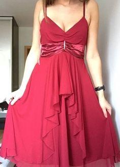 Kup mój przedmiot na #vintedpl http://www.vinted.pl/damska-odziez/inne/9650777-czerwona-sukienka-bon-prix-36