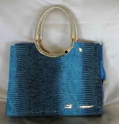 A Touch Of Style $85.00 FREE shipping Australia Wide