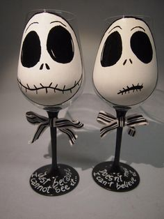 2 Copas de vino pintadas a mano Jack skellington Hand painted wineglass Jack skellington from Enuka Custom. Saved to Hand painted Glassware and ceramics. #glassware #handpainted #wineglass #jackandsally #sally #jack #jackskellington #nightmarebeforechristmas.