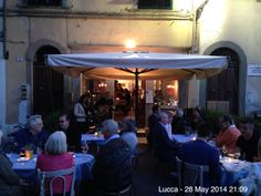 An amazing happy-hour with the duo Musicadea! Swing, Jazz and some Beatles cover for this enchanting evening.