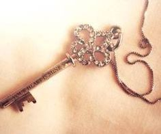 """Necklace.....this key would be cute tattooed behind my ear. Or under my ring finger """" Key to my heart"""" <3<3"""