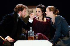 Da Mercoledì 22 a Domenica 26 gennaio sarà in scena il dramma di Henrik Ibsen HEDDA GABLER, regia di Antonio Calenda, prodotto dal Teatro Stabile del Friuli Venezia Giulia e Compagnia Enfi Teatro.
