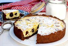 La cererea voastră am pregătit și rețeta video pentru prăjitura rusească cu brânză dulce de vaci. Este o prăjitură care nouă ne place foarte mult și care Bread Baking, Cheesecakes, French Toast, Cooking Recipes, Breakfast, Sweet, Desserts, Food, Holidays